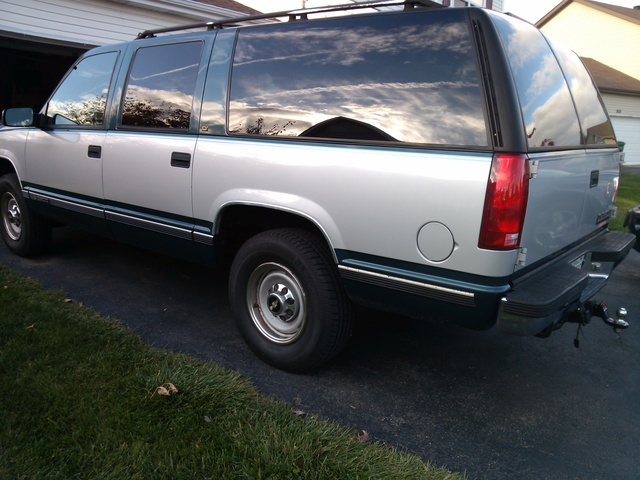Picture of 1995 Chevrolet Suburban