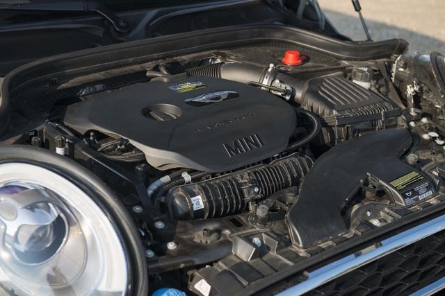 Picture of 2015 MINI Cooper S 4-Door Hatchback FWD, engine, gallery_worthy