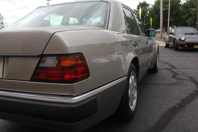 Picture of 1992 Mercedes-Benz 500-Class 500E Sedan