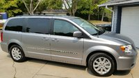 Picture of 2014 Chrysler Town & Country Touring FWD, exterior, gallery_worthy