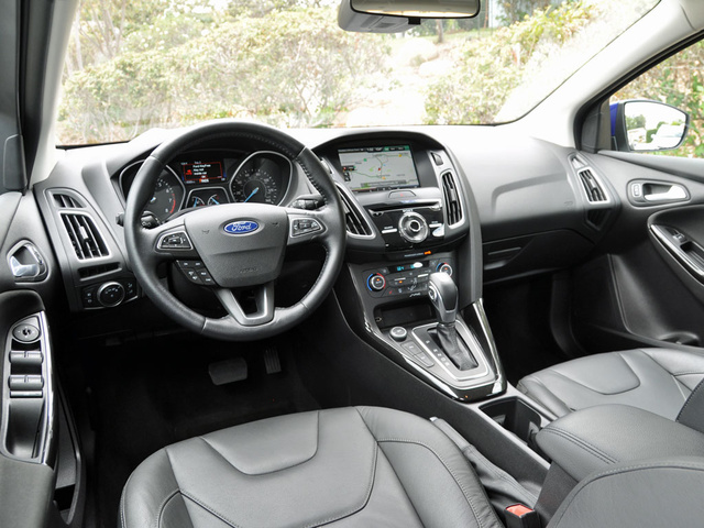 2015 Ford Focus Titanium Hatchback Dashboard, interior, gallery_worthy