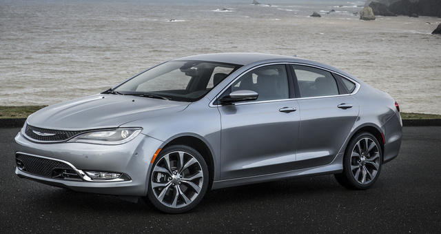 2016 Chrysler 200, Front-quarter view., exterior, manufacturer