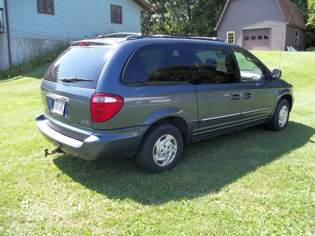 2002 chrysler town country pictures cargurus. Black Bedroom Furniture Sets. Home Design Ideas