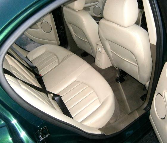 2003 Jaguar X Type Interior: 2005 Jaguar X-TYPE