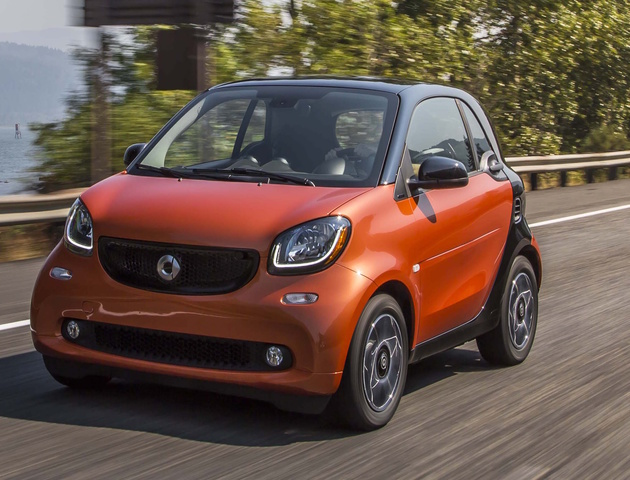 2016 smart fortwo, Front-quarter view., exterior, manufacturer