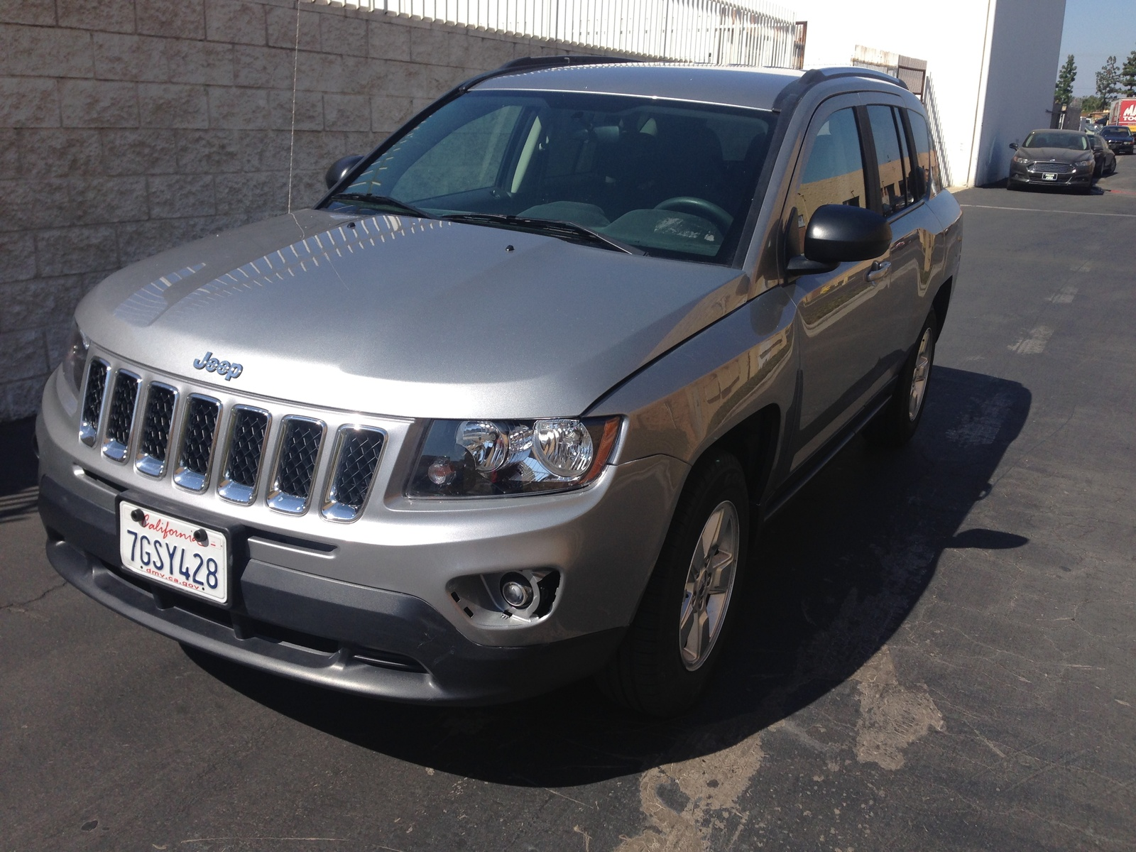 Picture of 2015 Jeep Compass Latitude