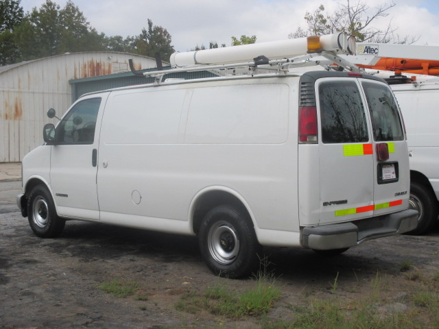 Picture of 2000 Chevrolet Express Cargo 3 Dr G2500 Cargo Van