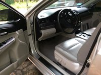 Picture of 2013 Toyota Camry Hybrid XLE, interior, gallery_worthy