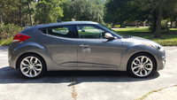 Picture of 2013 Hyundai Veloster Base, exterior
