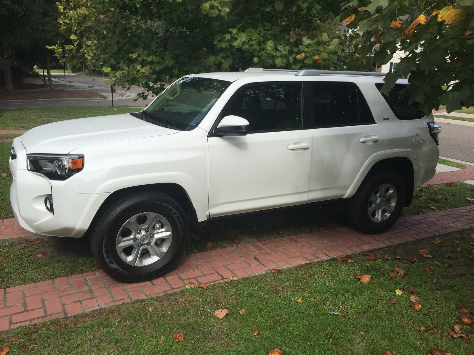 Picture Of 2015 Toyota 4runner Sr5