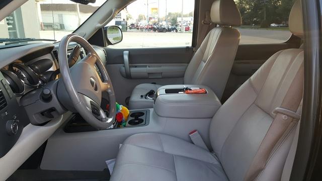 Picture of 2009 GMC Sierra 1500 Hybrid 4WD, interior, gallery_worthy