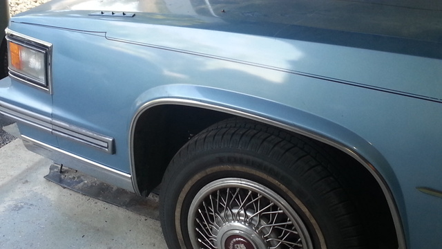 Picture of 1986 Cadillac Fleetwood