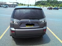 Picture of 2007 Mitsubishi Outlander ES, exterior