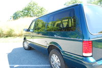 Picture of 1995 Plymouth Voyager SE, exterior
