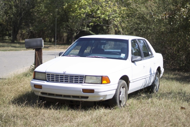 Picture of 1994 Plymouth Acclaim 4 Dr STD Sedan