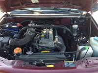 Picture of 2002 Chevrolet Tracker Base, engine