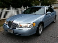 Picture of 1998 Lincoln Town Car Signature, exterior