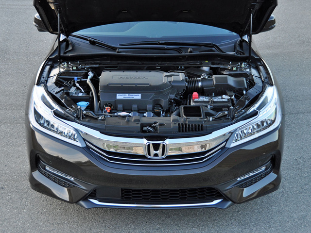 2016 accord performance