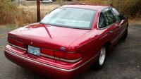 1997 Ford Crown Victoria 4 Dr LX Sedan, front end, exterior