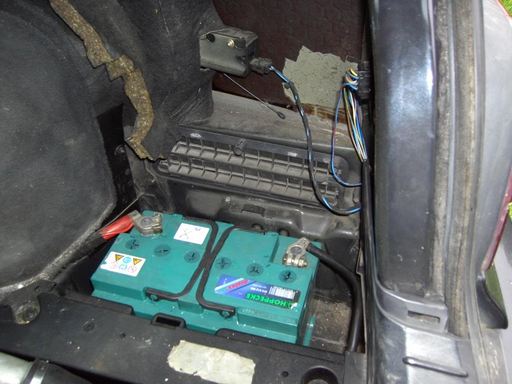 Bmw 7 Series Questions Where Is The Car Battery In A 1989 735i Rhcargurus: Bmw 750 Battery Location At Gmaili.net