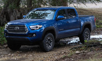 2016 Toyota Tacoma, Front-quarter view., exterior, manufacturer, gallery_worthy