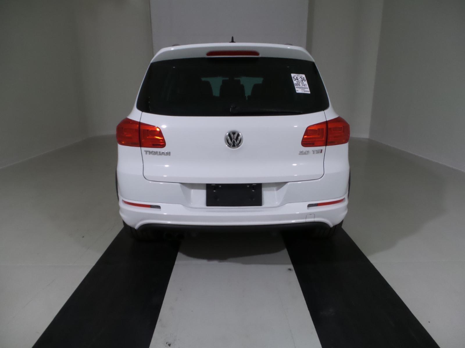 Picture of 2015 Volkswagen Tiguan R-Line