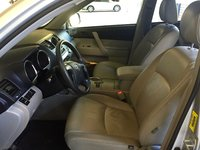 Picture of 2009 Toyota Highlander Base, interior, gallery_worthy