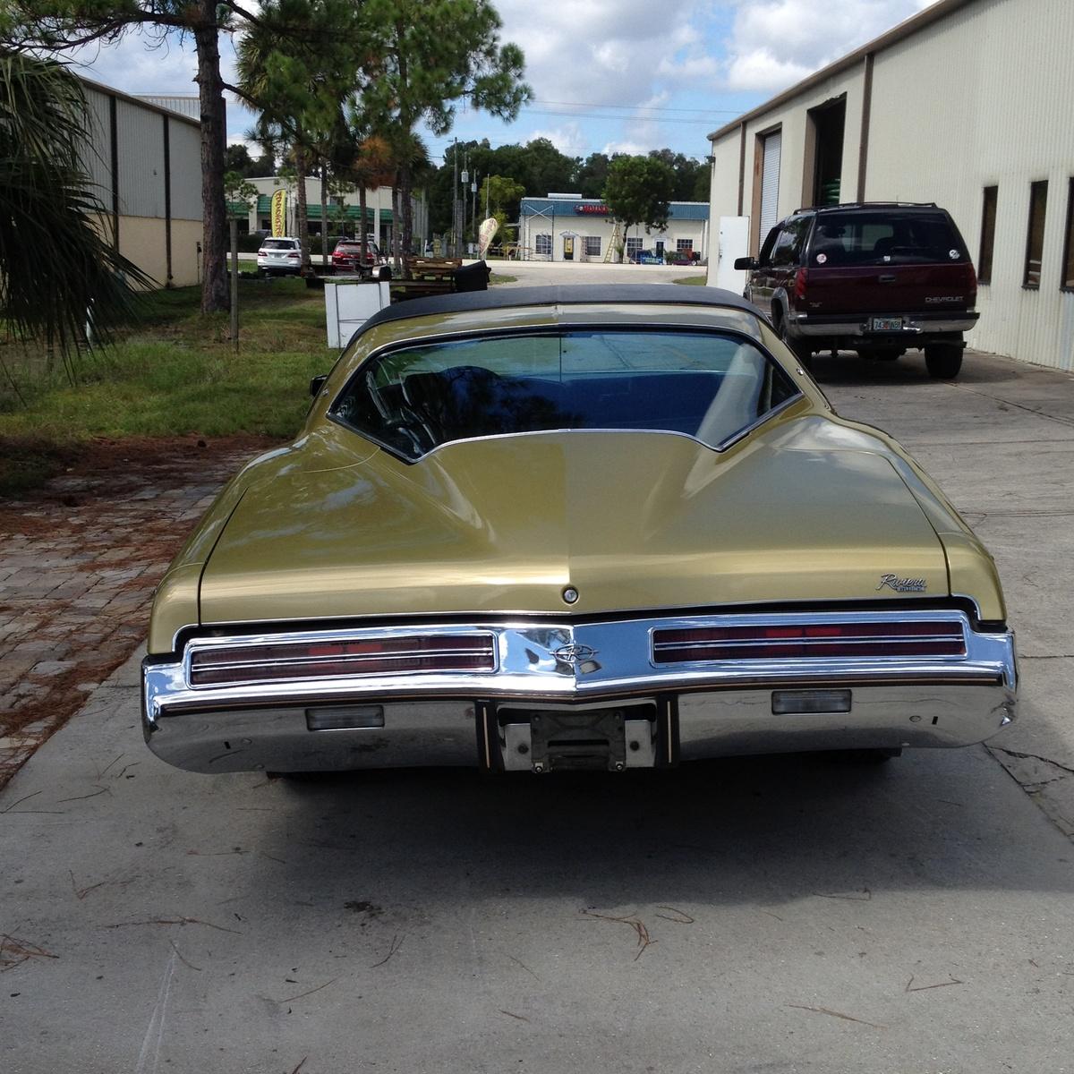 Cargurus Car Value: 1973 Buick Riviera