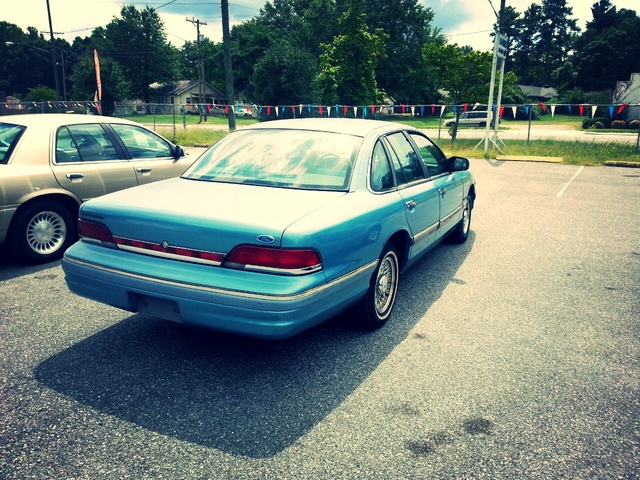 Picture of 1994 Ford Crown Victoria 4 Dr LX Sedan