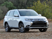 2016 Mitsubishi Outlander SEL S-AWC in Diamond White, exterior