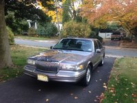 Picture of 1996 Lincoln Town Car Signature, gallery_worthy
