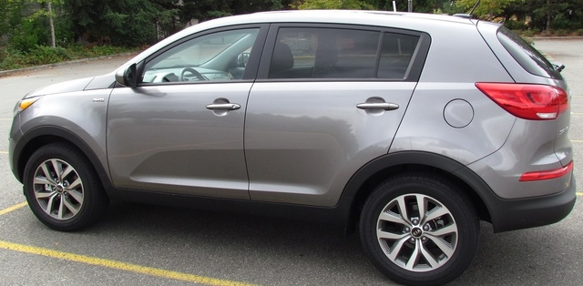 Picture of 2016 Kia Sportage LX AWD, gallery_worthy