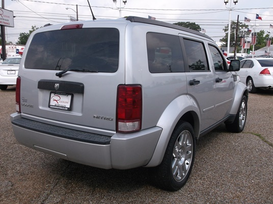 Picture of 2011 Dodge Nitro