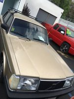 1990 Volvo 240 Overview