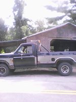 1986 Ford F-150 XL Standard Cab 4WD LB, 1986 f150 before restore, notice the fact that NYS uses salt in which case is very very bad to sheet metal, exterior