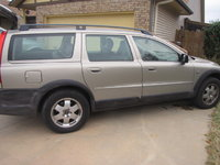2003 Volvo XC70 Cross Country AWD, 2002 Volvo V70 XC AWD 139,239 miles, very clean, no pets, non-smoking. , exterior