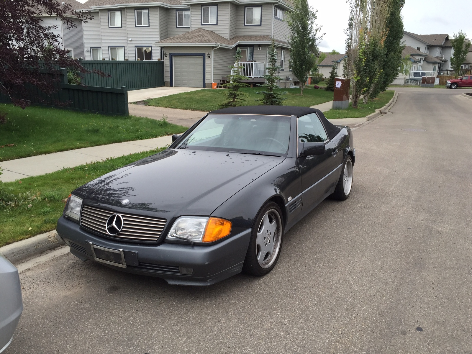 mercedes benz sl class questions got a 1991 500 sl and i can 39 t find a vin plate on it where. Black Bedroom Furniture Sets. Home Design Ideas