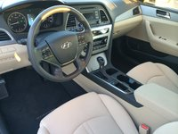 Picture of 2015 Hyundai Sonata SE FWD, interior, gallery_worthy