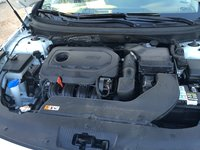 Picture of 2015 Hyundai Sonata SE FWD, engine, gallery_worthy
