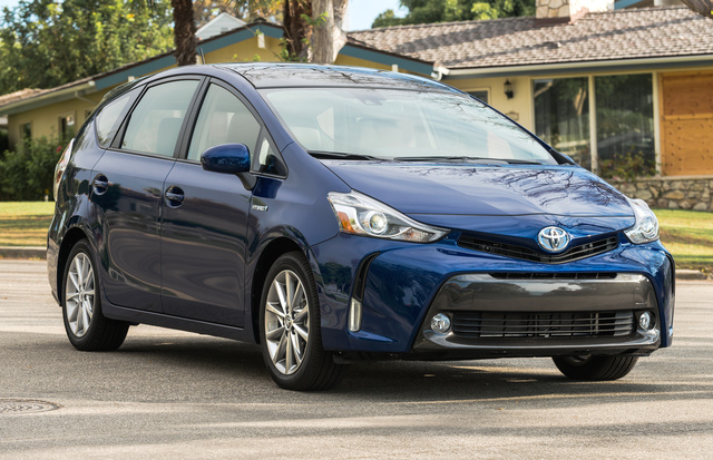 2016 Toyota Prius v, Front-quarter view., exterior, manufacturer, gallery_worthy