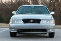 1999 Toyota Avalon Overview