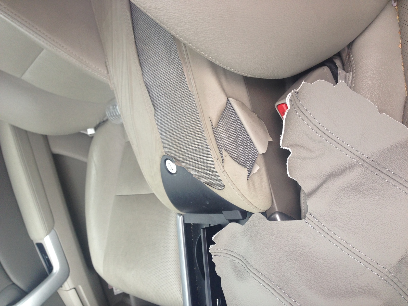 Acura RDX Questions How To Reupholster The Center Console CarGurus - Acura rdx console cover