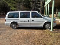 Picture of 1995 Dodge Grand Caravan 3 Dr SE Passenger Van Extended, exterior, gallery_worthy