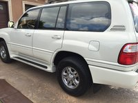 2002 Lexus LX 470 Picture Gallery