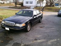 Picture of 2002 Ford Crown Victoria LX, exterior