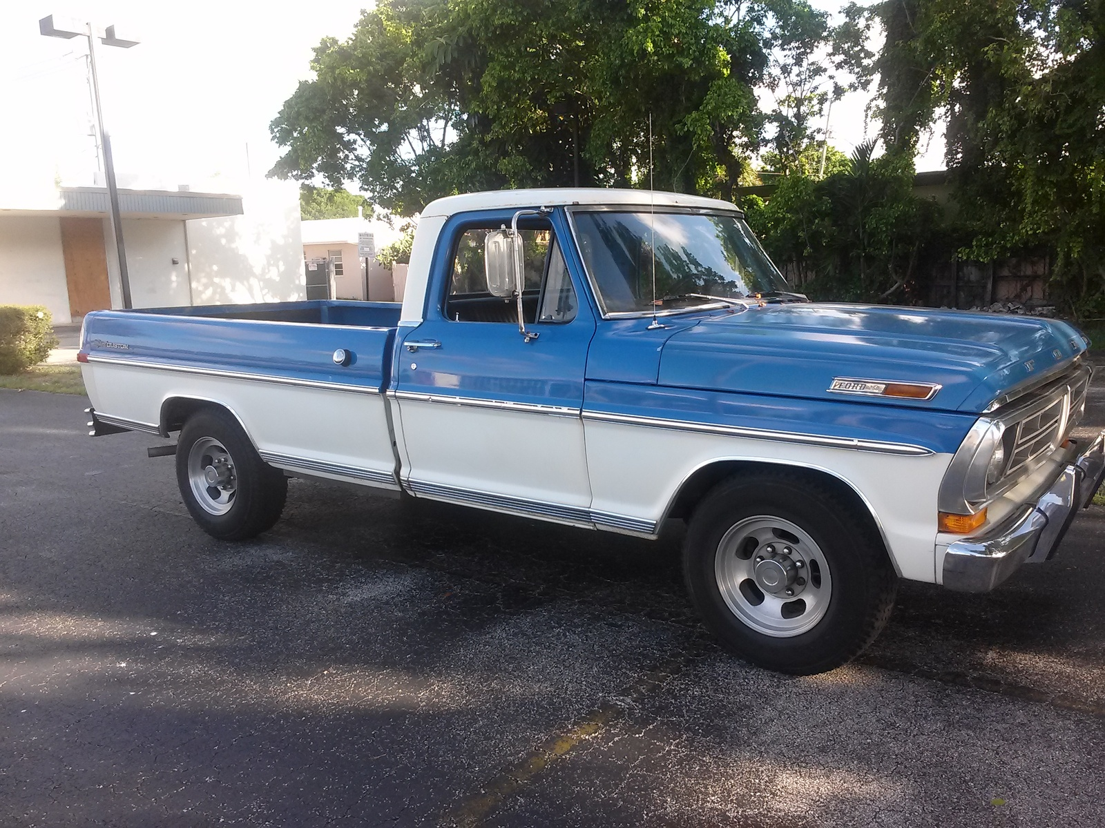 Ford F 250 Questions What Would Be A Good Choice Of Fuel Injected F250 Engine Wiring Harness New Trannny As Well And Maybe Drive Shaft Computer Ect But Then It Off To The Paint Shop Like