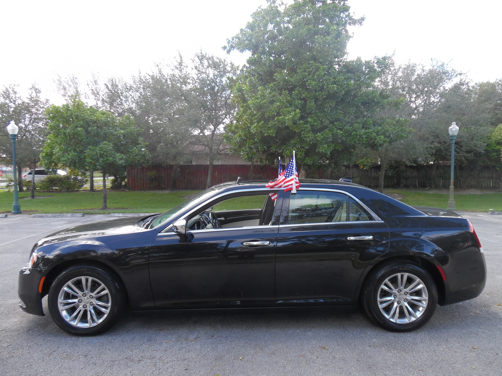 Picture of 2015 Chrysler 300 C