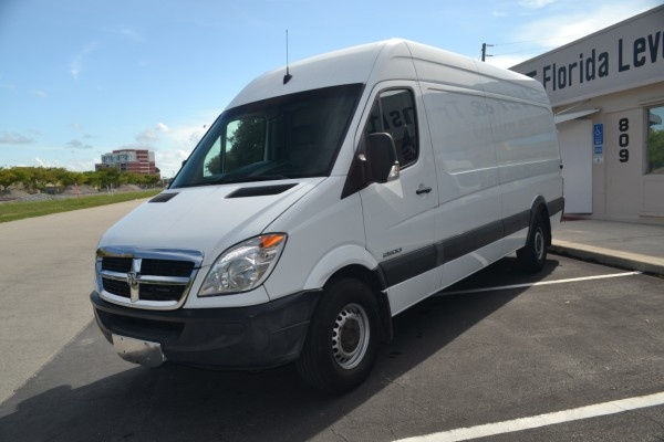 2007 Dodge Sprinter Cargo 2500 170 WB Extended RWD DIESEL Exterior Gallery Worthy