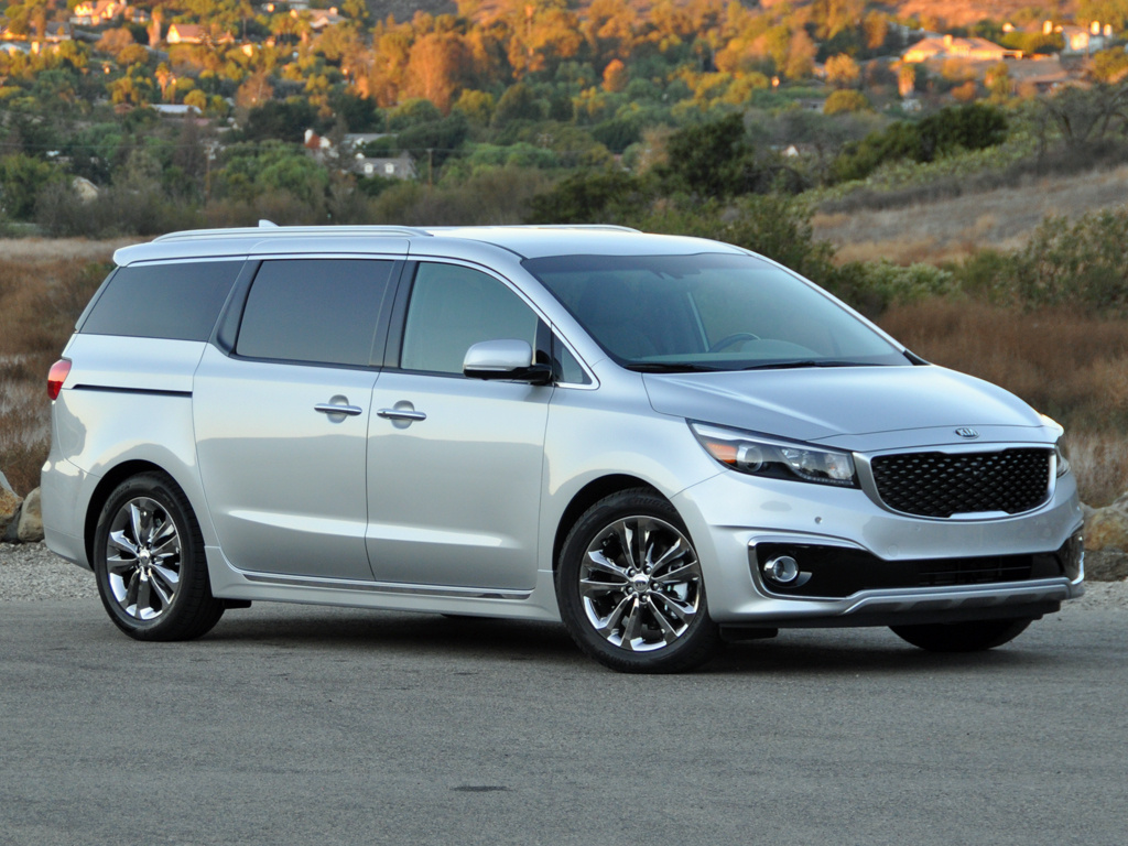 2016 Kia Sedona SXL in Bright Silver