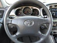 Picture of 2004 Toyota Highlander Base, interior